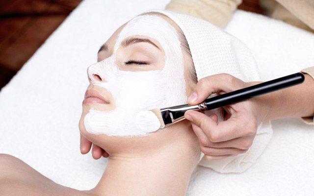 Kozmetika proti aknam