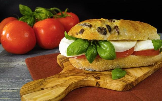 Mediteranski sendvič